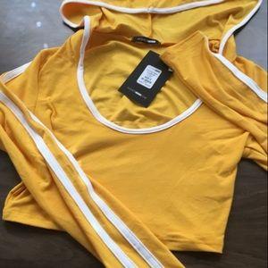 2 piece legging track set mustard yellow sz small